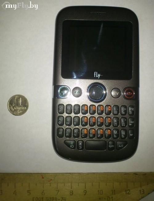 Телефон Fly Q120