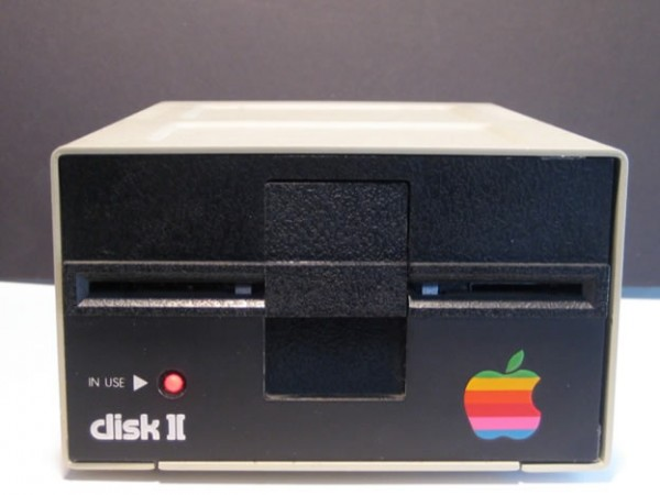 мод Mac Mini в дисководе