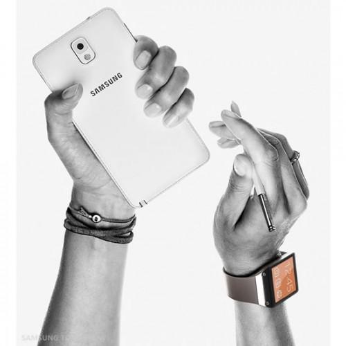 смартфон Galaxy Note 3 с часами Galaxy Gear