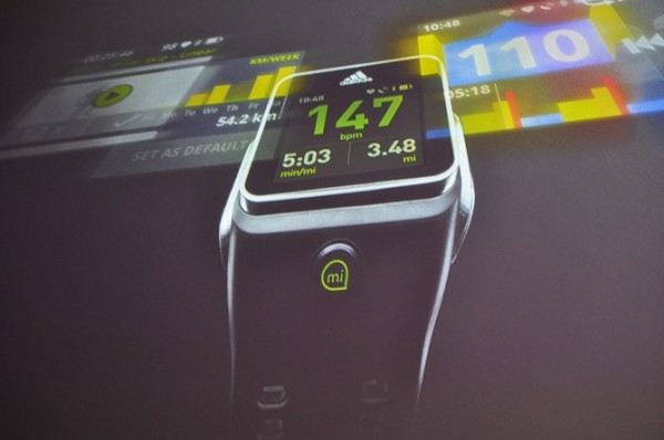 часы smartwatch от Adidas
